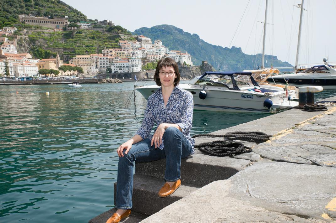laura-thayer-ciao-amalfi-harbor