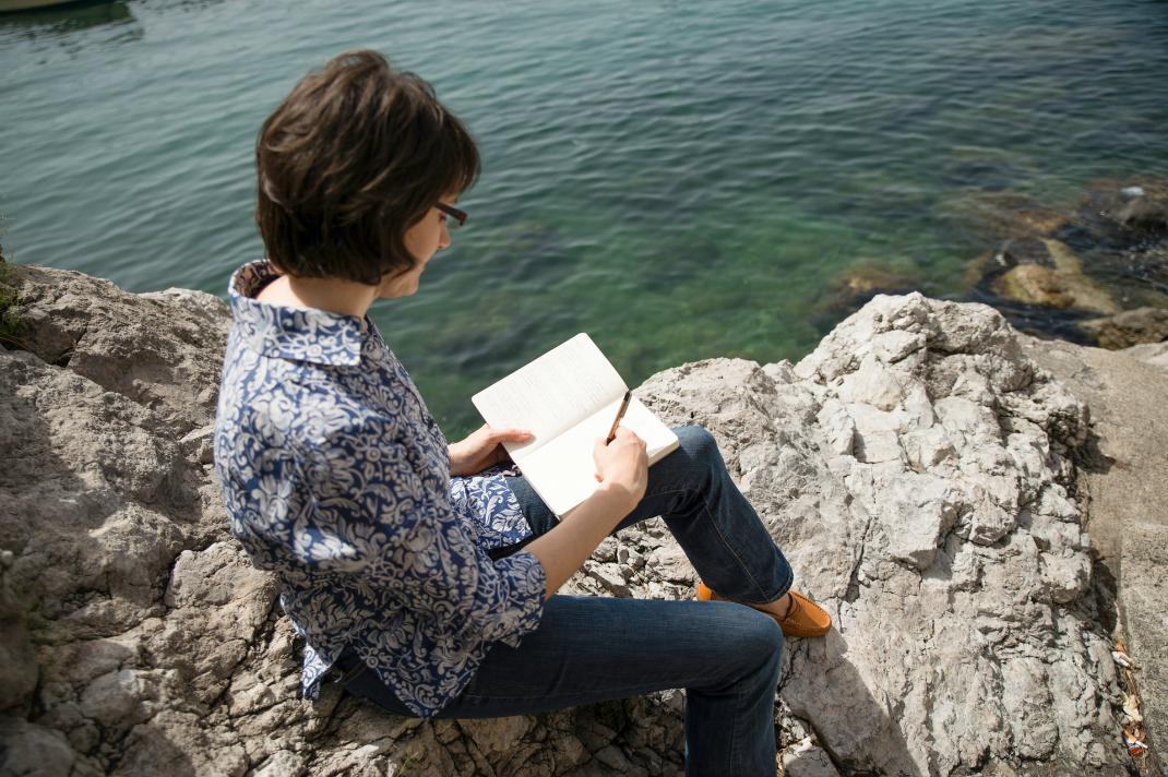 laura-thayer-ciao-amalfi-writing