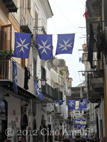 Regata delle Antiche Repubbliche marinare Amalfi Cross of Malta Flag