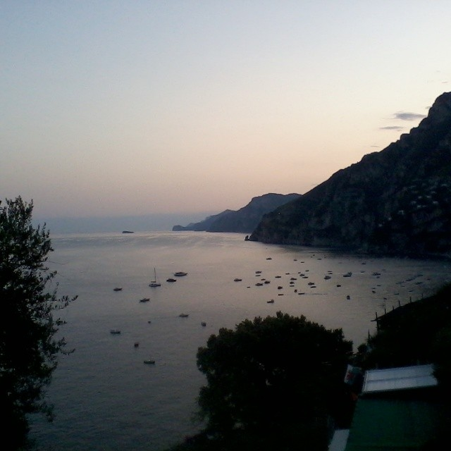 Another shot of the gorgeous sunset last night looking toward #Positano. #amalficoast #italy #sunset #ig_amalficoast
