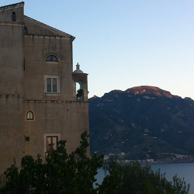 Right now I wish I were in that little room overlooking the Amalfi Coast to write. Not just for the view. It looks like it's only big enough for one person. #aroomofherown #dreaming #virginiawoolfwasright