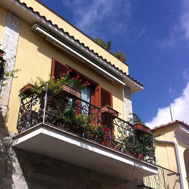 A pretty balcony in Scala. #AmalfiCoast
