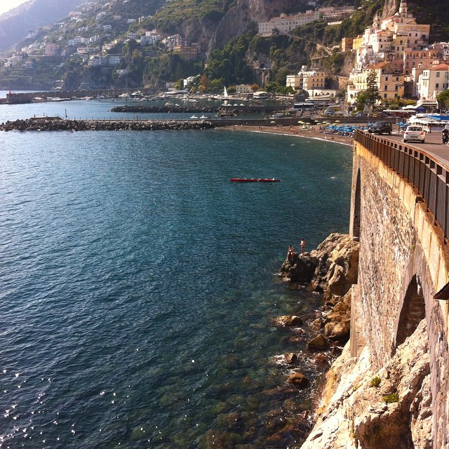 #WHPontheroad into #Amalfi. May these beautiful October days continue! #Italy #driving