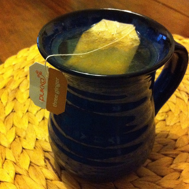 A warming start to the day with #pukkateas Three Ginger tea with a little squeeze of #AmalfiCoast lemon.