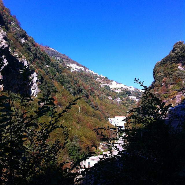 Looking up the valley to #Scala with its dabs of autumn colors. #autunno #AmalfiCoast