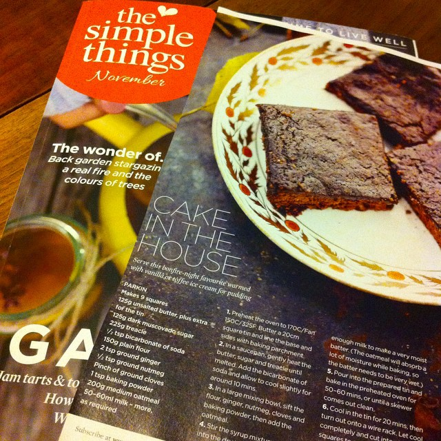 @thingswotihavemade Zoe, I'm reading @simplethingsmag and spotted this recipe for Parkin. Sounds a lot like American style gingerbread but with oatmeal added. Yum! Have you made anything like it before? I'm making gingerbread tomorrow, but this will have to be next!