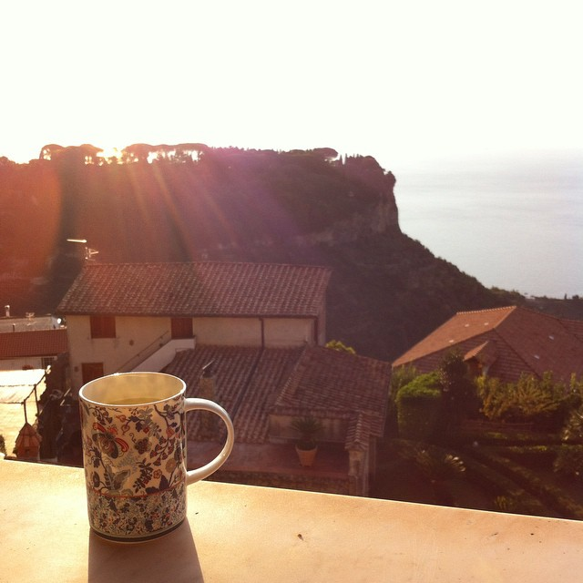 I love the time change and having a few moments of quiet to myself with warm water and lemon and this glorious sunshine. Buon giorno! #AmalfiCoast