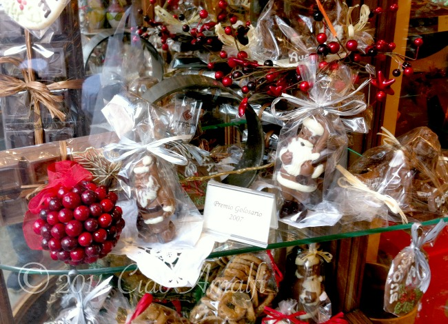 Ciao Amalfi Coast Travel Pasticceria Pansa Amalfi Christmas Chocolate