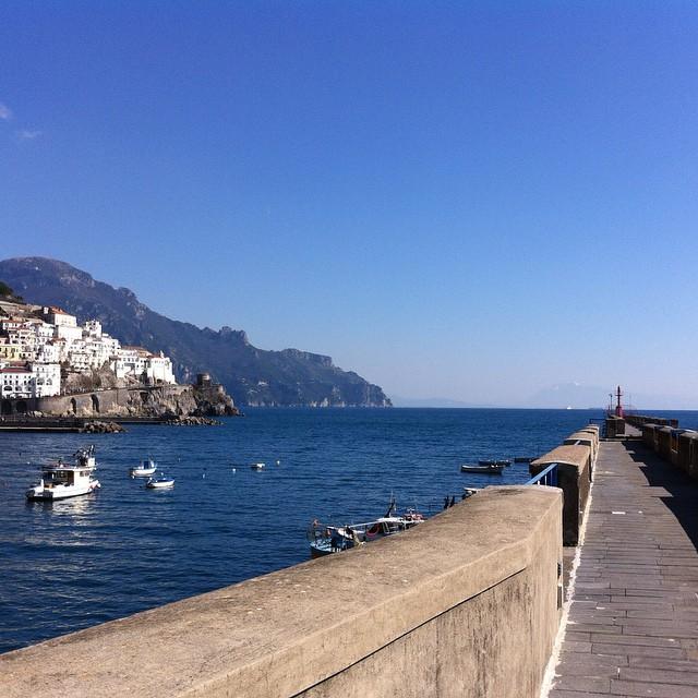 Winter walk perfection. #amalfi #amalficoast #nofilter