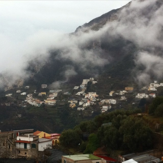 A cloudy day in Pogerola. #amalfi #amalficoast #inverno