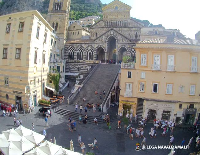 Amalfi Piazza Duomo Webcam