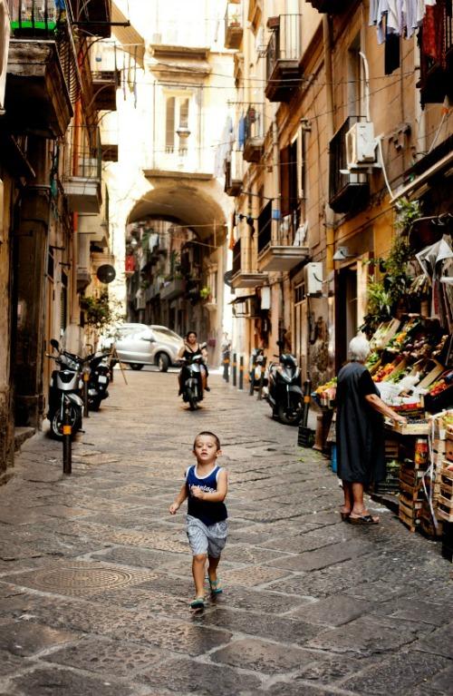 Naples Copyright Carla Coulson 0023