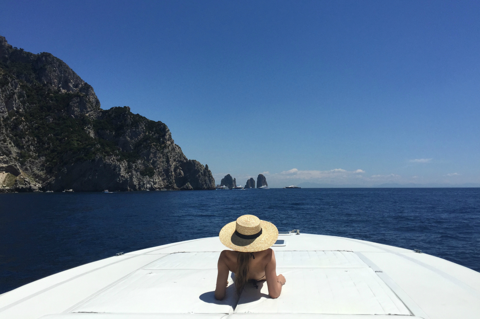 exclusive-cruises-capri-amalfi-coast-positano