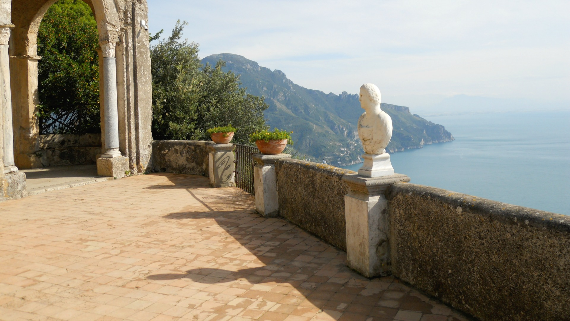 Amalfi Coast Based Writer
