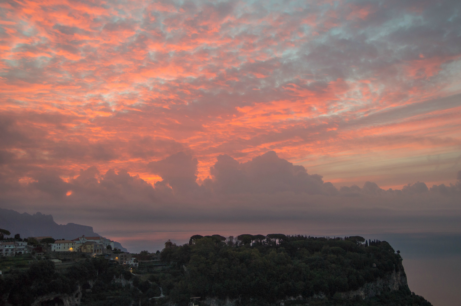 ciao-amalfi-ravello-sunrise-october