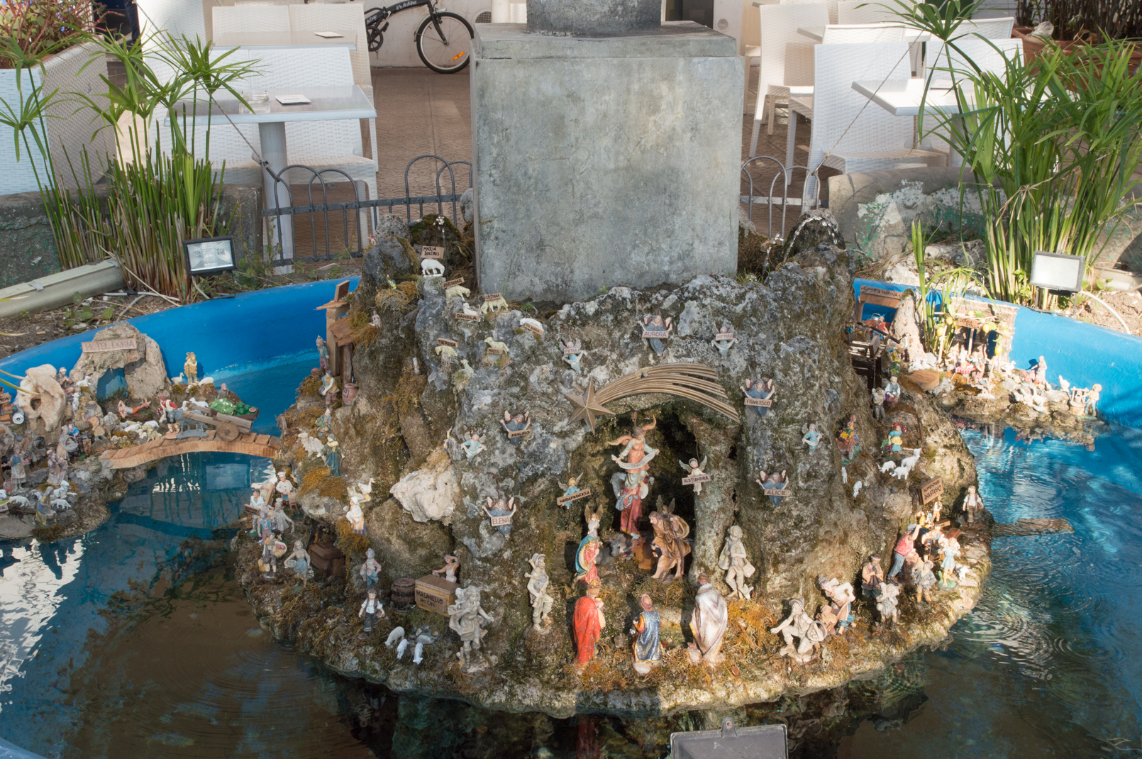ciao-amalfi-christmas-nativity-fountain-11